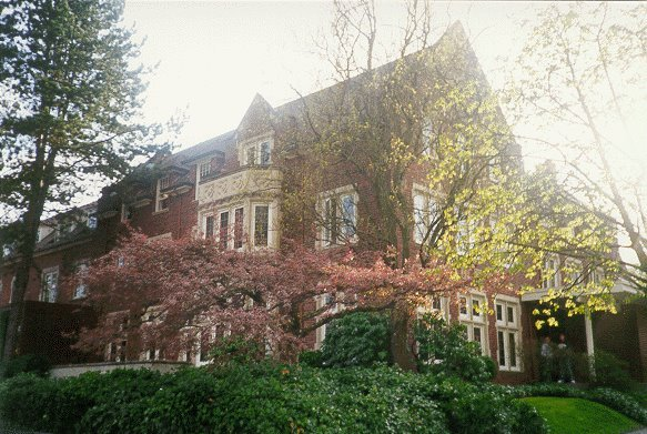 House Tour! Alpha Chapter - University of Washington