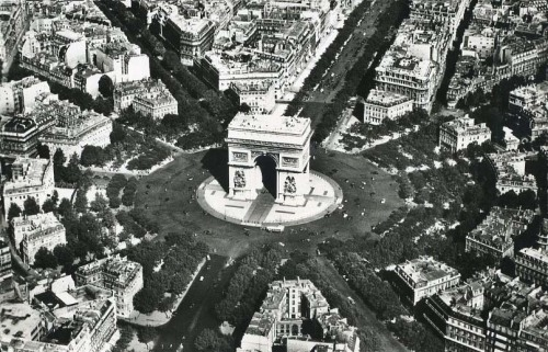 Paris  archimaps:  The Arc de Triomphe, Paris