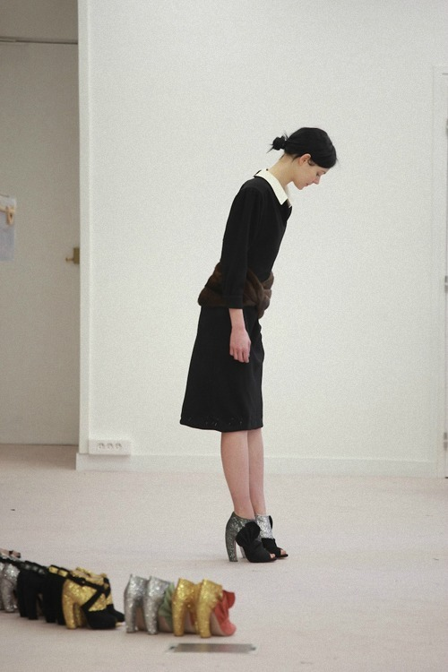 deauthier:  Kinga Rajzak at her Miu Miu f/w 2011 fitting.