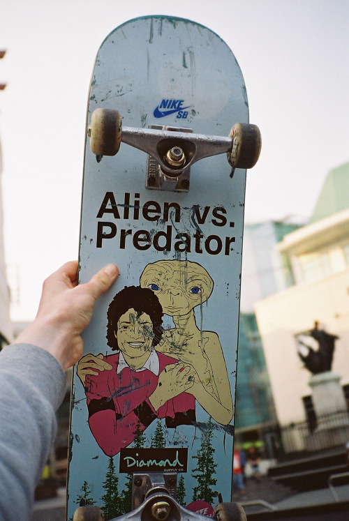 Alien vs Predator Skateboard