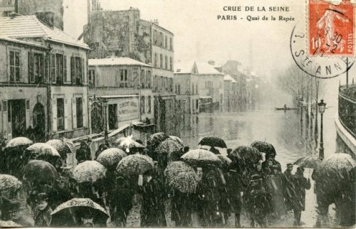 Postcard from the Great Flood of Paris, 1910