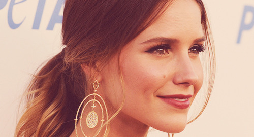 youarentenough:  Sophia Bush