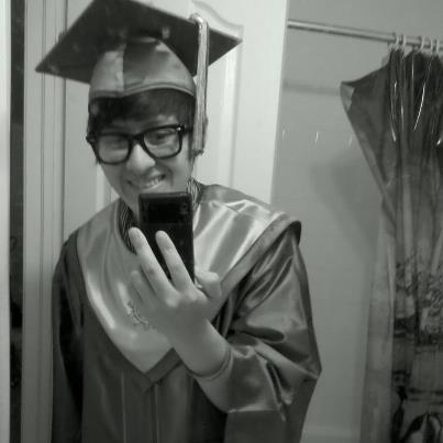 officially graduated at 10am this morning:3EDHS Senior 2012(: