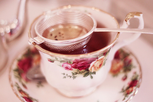 sonottrue:  high tea by pearled on Flickr.