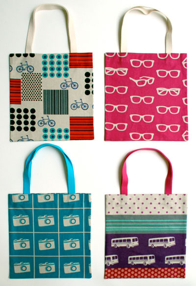 prettycraftythings: Free bag patterns from purse patterns 10 free tote bag patterns and tutorials from Skip to my Lou 209 tote bag patterns free! from sewing support 40+ tote bag patterns & tutorials from tipnut free purse and tote bag patterns from craftstew 8 tote bag free patterns from tipjunkie free bag patterns from allpeoplequilt 45 awesome free bag making tutorials from frugalandthriving 50+ reusable grocery bags you can make from tipnut bags and purses from allfreesewing