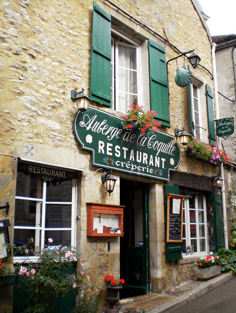 ysvoice:  | ♕ |  Auberge à Vézelay - Burgundy, France  | by © Grangeburn