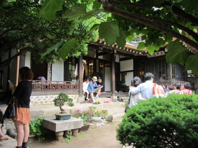 Suyeon Sanbang, a traditional Korean teahouse in Seoul, South Korea.  © J. Atamanuk, 06.03.2012