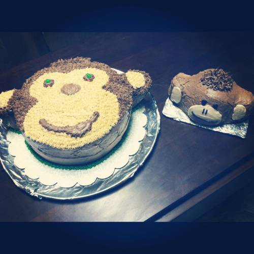 Monkey cake for my nephews 1st birthday.. And a teeny monkey cake just for him!