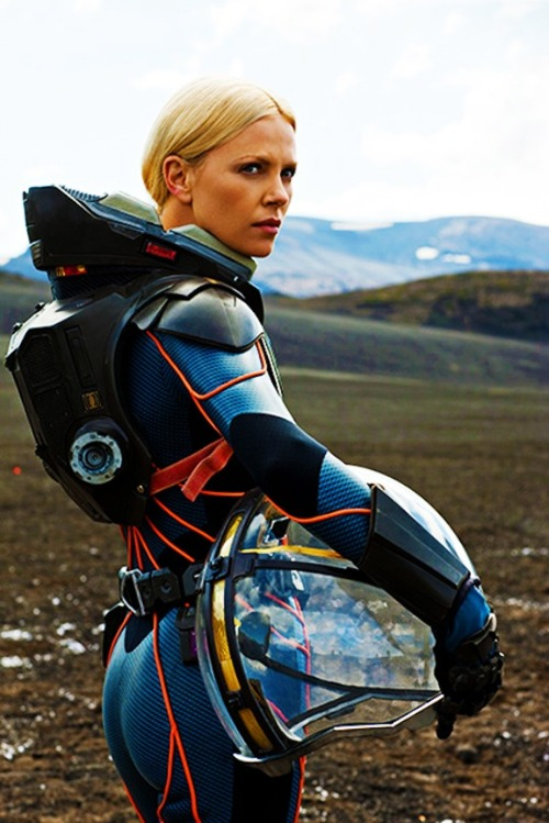 The real reason to see Prometheus: Charlize Theron's Ass Prototype Samus Aran Get-up