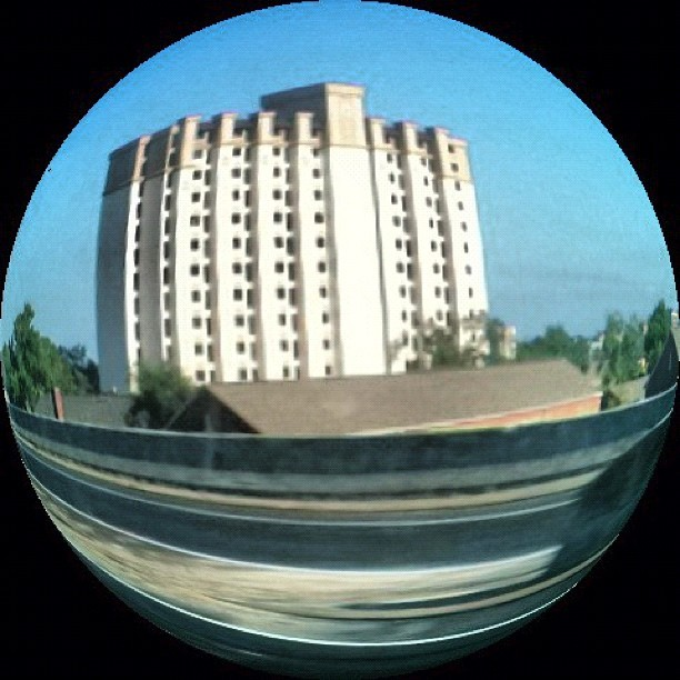 Another #fisheye #lens #photography #iphonography #building #memphis #photography #tennesee #alabama #trip #vacation #modern #f4f #followback #followbackalways #follow #back #p4p #shoutout #s4s  (Taken with instagram)