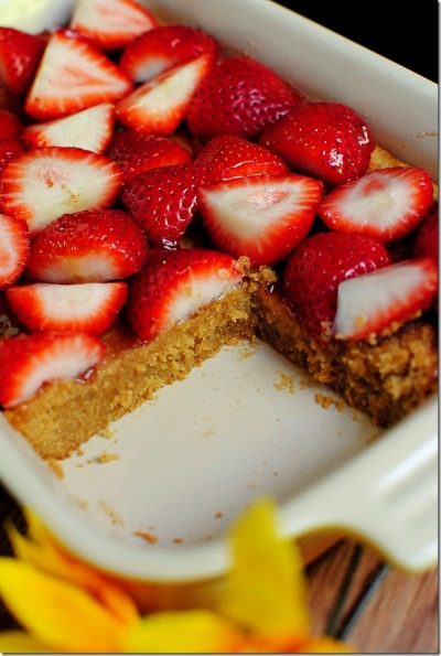 Fresh Strawberry Peanut Butter Bars