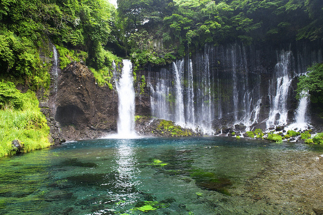 Shiraito Falls by le monde bleu on Flickr.