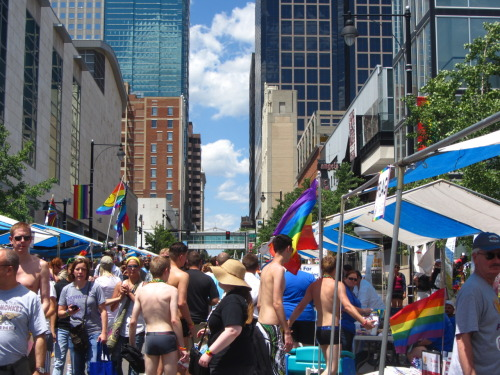 Pride in Kansas City is a much more subdued affair than San Francisco, which may seem obvious. Didn't even see a single naked person! But it's good to know they have an LGBT community and that this city is not as terrifyingly conservative as I thought it would be.