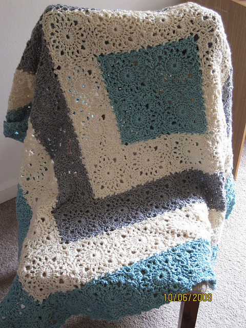 Square Upon Square crocheted throw. Pattern HERE.