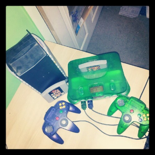 Day 1: Best Friends. Gotta be Nintendo 64. BFFs 4Lyf. #junephotoaday #junephotoadaychallenge #day1 #Nintendo64 #N64 #Nintendo #banjokazooie #conkersbadfurday #bk #cbfd #bestfriends (Taken with instagram)