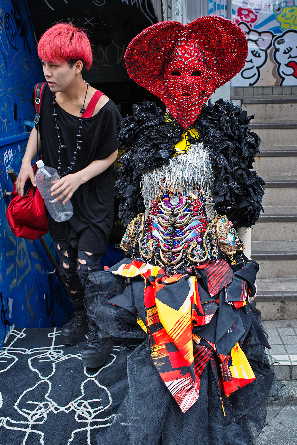 tokyo-fashion:  The mannequin outside of Dog Harajuku wearing a crazy mask. Dog is where Hirari works now. :-)