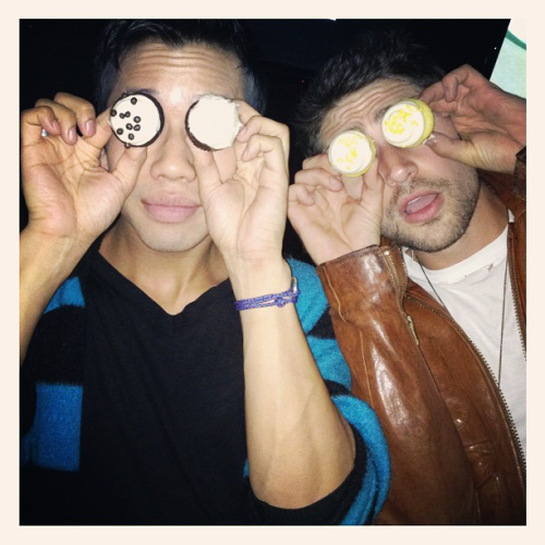 """Cupcake Eyes!"" - Matt Dallas and Jared Eng MDW main site  TwitterFacebook PageYouTube (Photo: Jared Eng)"