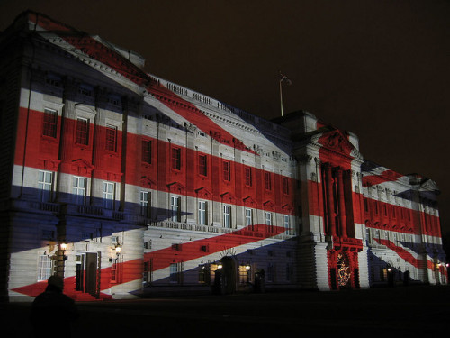 notablesquotables:  Buckingham Palace last night