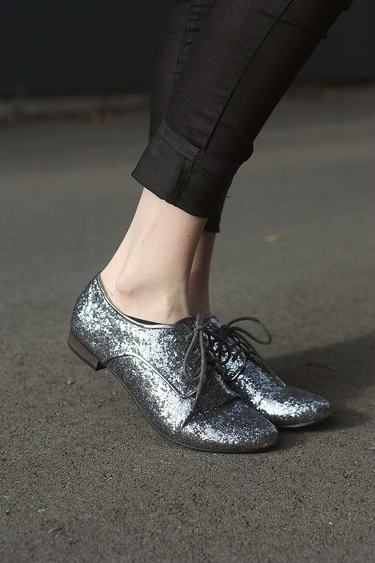 carlanapier:  I have a wee thing with Glitter at the moment!Shoes: Wildpair - RRP$49.90