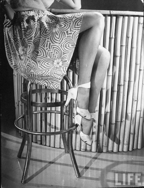 Betty Grable's legs by Walter Sanders 1943.