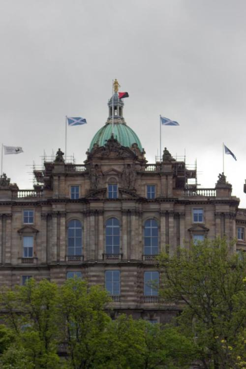 youranonnews:  Anarchist flag flying in place of Union flag Bank of Scotland HQ Edinburgh!