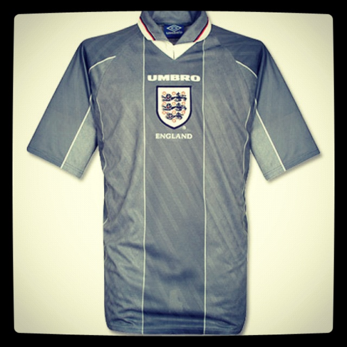 "Euro 2012 countdown: England, Umbro, 1996 - ""tears for heroes dress in grey"" What do you think of when you see this shirt?   Gareth Southgate missing that penalty, Shearer banging in the goals or Gazza missing that chance against Germany.   For a pretty plain looking grey football shirt this Umbro number evokes so many memories of Euro 96.   It even made it into the 1998 version of 3 lions.  Good work Umbro."