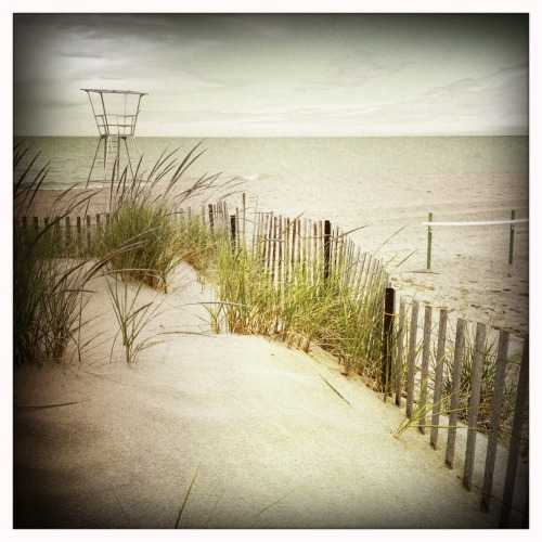 Grand Bend beach, before the summer rush. Libatique 73 Lens, Blanko Film, No Flash, Taken with Hipstamatic