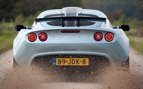 Hell on Earth Starring: Lotus Exige S2 Cup 260R (by ArnoudWilbrink.com)