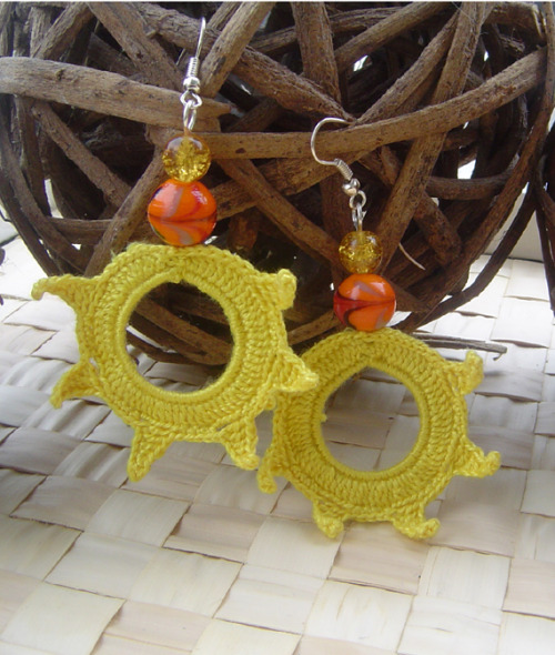 https://www.etsy.com/listing/96528082/crochet-earrings-beaded-earrings-yellow 40% off all jewellery in my shop - just type code DIAMONDJUBILEE40
