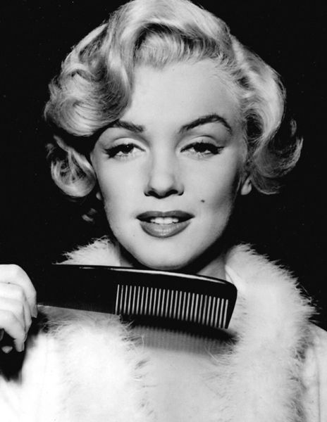 "Marilyn ""Niagara"" hair test photo, 1952"