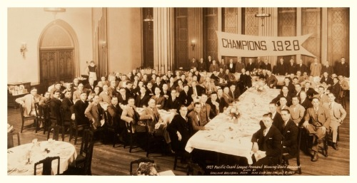 "1927 Pacific Coast League Pennant Winning ""Oaks"" BanquetGiven By Oakland Baseball Assn. - Elks Club Oakland, CA - October 3, 1927 If you'd like to see this picture full-sized, go here (and sign up for a free membership): 1927 Pacific Coast League Pennant Winning ""Oaks"" Banquet"