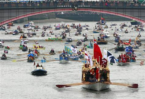 Queen Elizabeth leads giant Diamond Jubilee flotilla NBC News: Hundreds of thousands have gathered on the banks of the Thames to watch Queen Elizabeth II in a barge decorated with flowers, with her closest family at her side. The event celebrates the Queen's 60-year reign. Organizers say the river pageant is the largest of its kind in 350 years. Photo: The Gloriana is seen leading the flotilla during the Thames Diamond Jubilee River Pageant. (Times Hales / AP via msnbc.com)