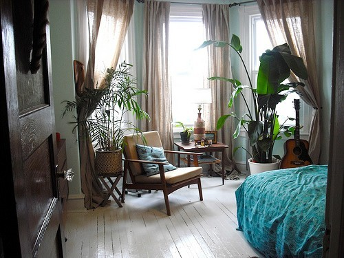 bohemianhomes:  Bohemian bedroom: Calm and relaxing