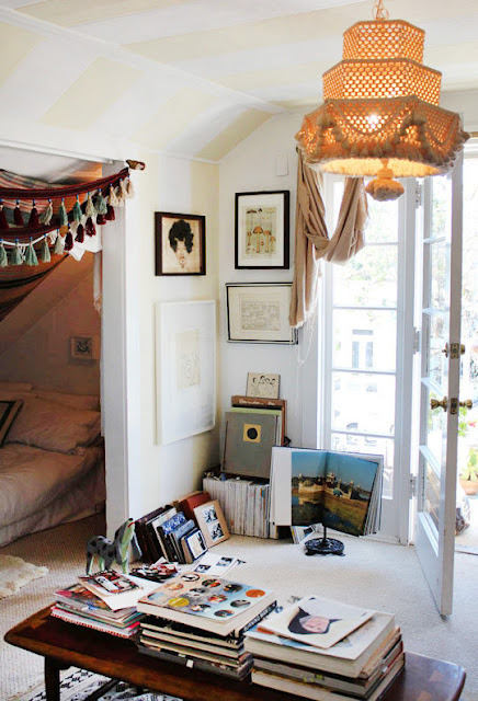 bohemianhomes:  Bohemian Bedroom: Bed nook via Moon To Moon