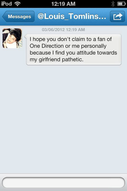 fashion-food-1d:  What Louis DM'ed a fan after she called Eleanor an immigrant and telling Obama to deport her