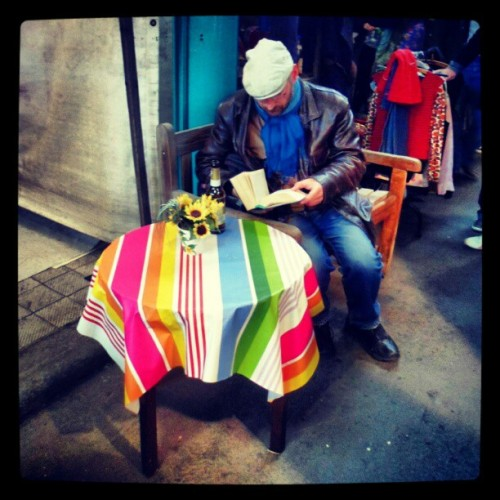 #flohmarkt #Berlin #Germany #market #colours #book #reading #relax #flowers #coffeeshop  (Taken with Instagram at Markthalle IX)