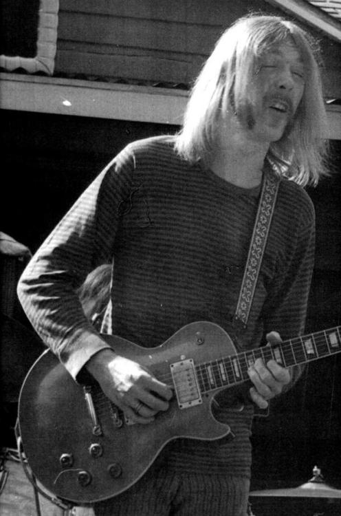 electricized:  Duane Allman 1946-1971 Hard not be under the spell of the Skydog. The guitar prodigy that is Duane Allman has granted us with flawless studio work, sublime live improvs and electrifying slides, throughout a career interrupted way too early. Besides his talent, he made guitar playing look and feel so effortless, and that grants him a prime seat in the pantheon of guitar gods, very close to Hendrix.  Duane Allman is mostly remembered as a Les Paul Standard player. He also played a 61 SG for slides and Strats during his pre-Allman brothers session work. Photo: Richard Hombre