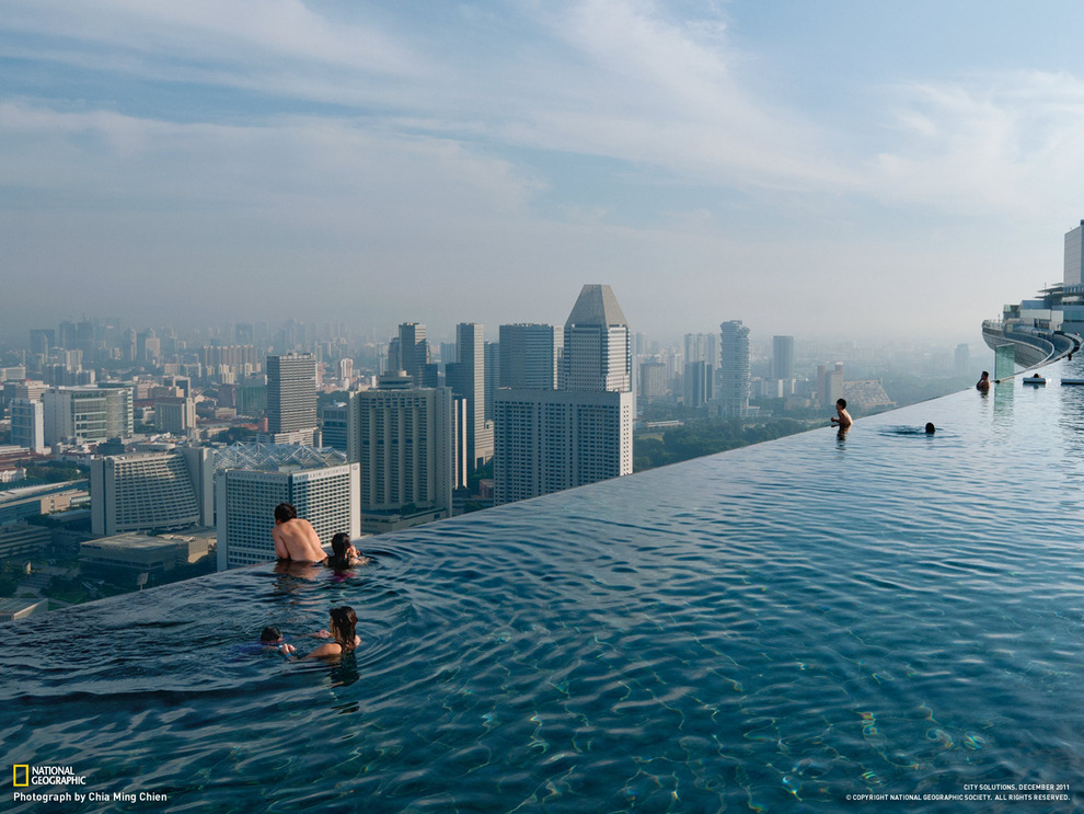 jaymug:  Infinity Pool at Marina Bay in Singapore.
