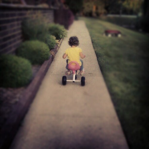 What I'd do to be a little girl again <3 (Taken with instagram)
