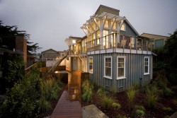 georgianadesign:  Breakers beach house, Santa Cruz. Noel Cross+Architects.