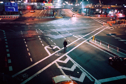 h2amn:  untitled by myprivatetokyo on Flickr.