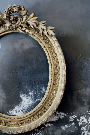 blackroomwithwhitecurtains:  Mirror, mirror on the wall… swansong-willows:  (via (18) Bonnie Anne Pinard / Pinterest)