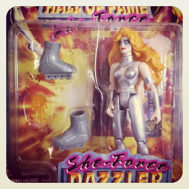 Dazzler: she comes with little skates (Taken with instagram)