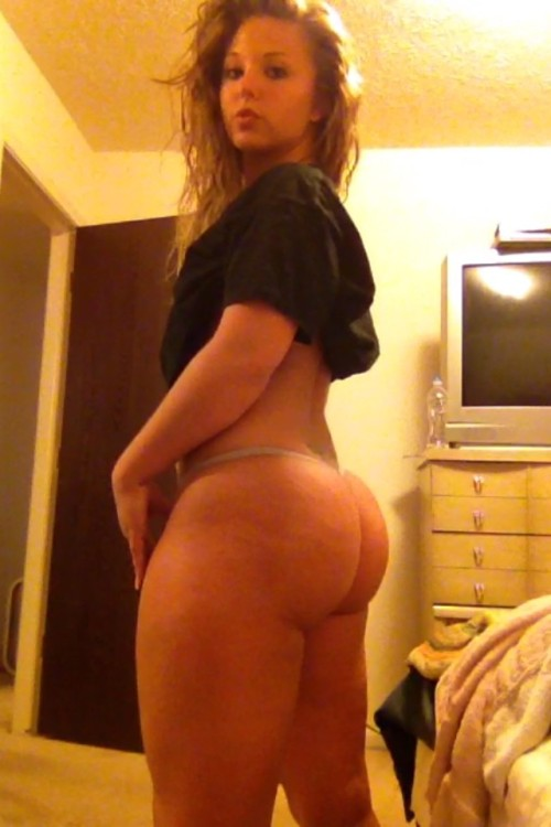 thick ass white girl (pawg)