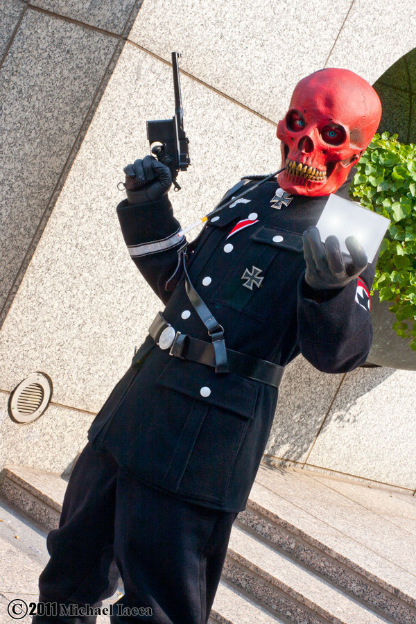 bestofcosplay:  The Red Skull 2 by *Insane-Pencil