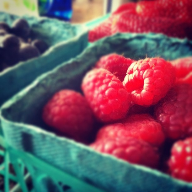 Raspberries. #la #farmersmarket #larchmont  (Taken with instagram)