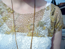 truebluemeandyou:  DIY Gold Lace Tutorial. I'm always hesitant to post thing I haven't tried but the side by side comparison of painted lace with gold paint and then with the metallic pigment was so striking on She Sells Sea Shells. *Pearl Ex makes a powder pigment I've used with polymer clay here: www.discountart.com/store/pearlex.html