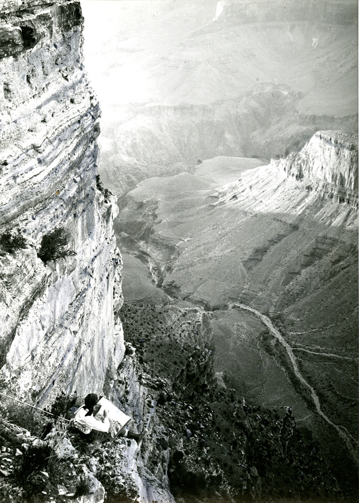 firsttimeuser:  Barbara Morgan Sketching in Grand Canyon, 1928 by Willard Morgan Haggerty Museum  pictures i love