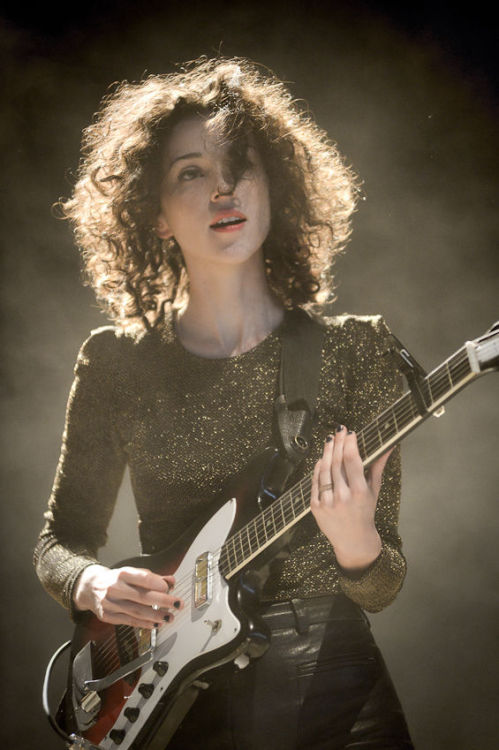 fuckyeahstvincent:  KXT's Happy Fun Time Fest 06.01.12