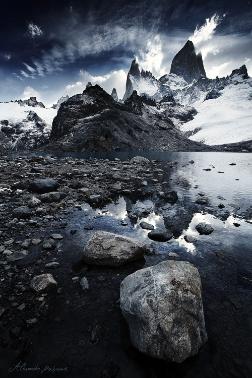 trippedcln:  CloudBlow and the Icy Fortressby Alexandre Deschaumes